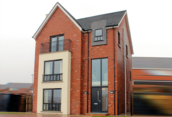 New houses at Butler's wharf enagh